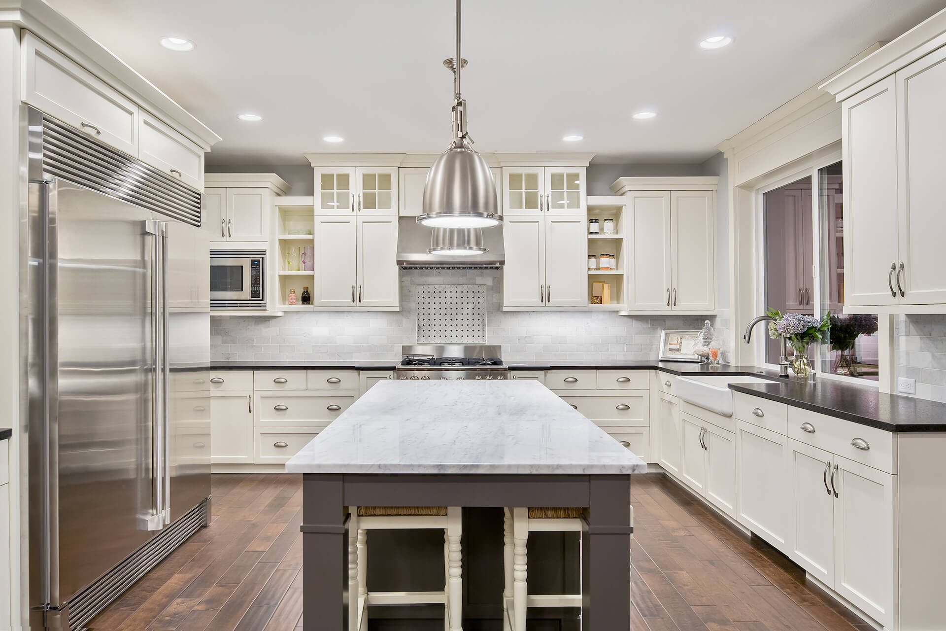 newly refinished white kitchen cabinet after a cabinet refinishing in draper
